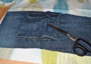 Tasche ausschneiden und Stoff anpassen